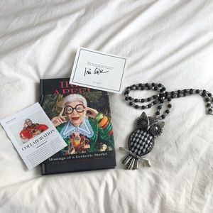 Jewelry - Iris Apfel owl neckless signed certificate & book!